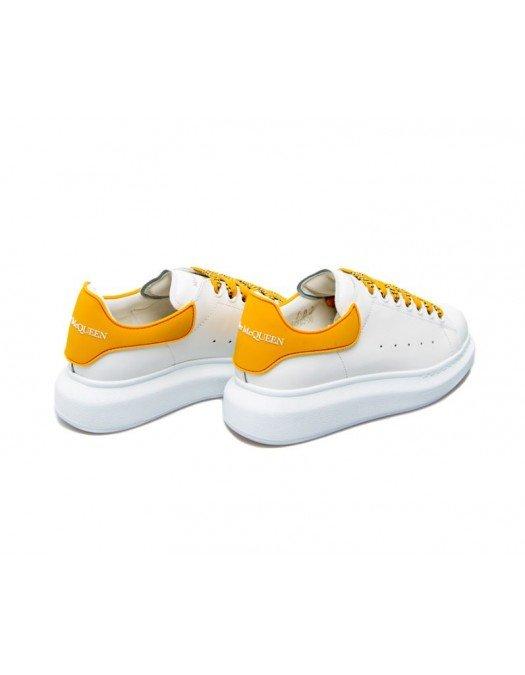 Sneakers Alexander Mcqueen, Sireturi colorate galbene - 621056WHXMT9718